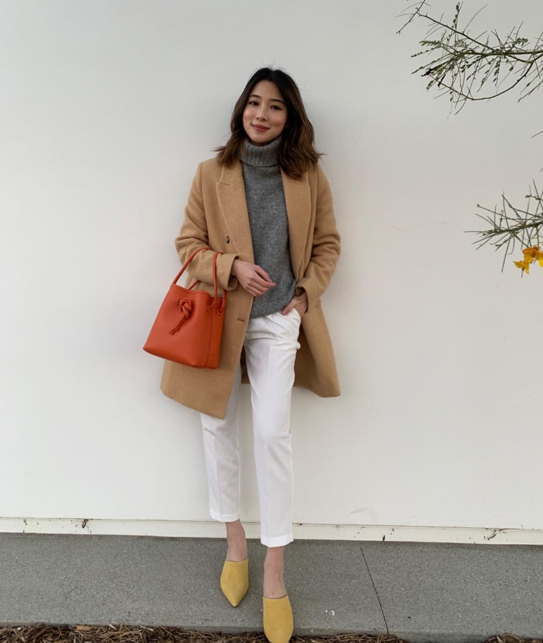 """Áo len cổ lọ + áo khoác dạ: Combo xưa như trái đất"""" đang được các quý cô sành mốt ưu ái hết mực-6"""