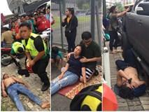 Từ Việt Nam đến Malaysia: Để có vé xem AFF Cup phải đánh đổi bằng cả máu và nước mắt