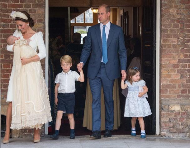 Đây là bí quyết Công nương Kate Middleton dạy con ngoan ngoãn, lịch thiệp và bạn hoàn toàn có thể áp dụng ngay-2