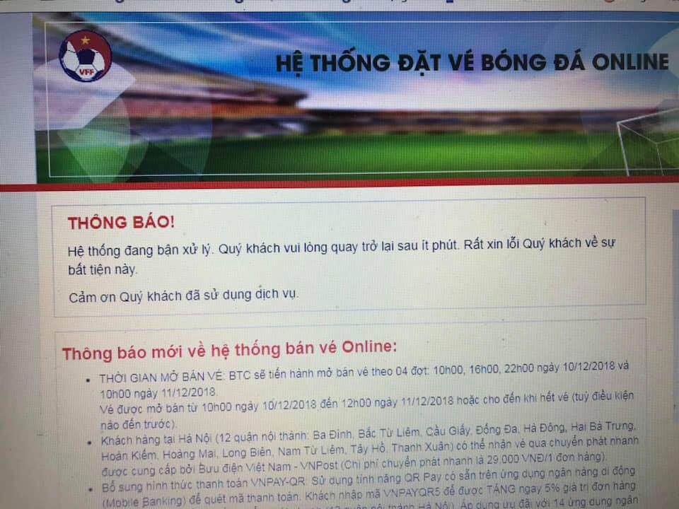 Người dân tìm mọi cách mua vé AFF cup: Mua online, trèo rào mua offline, ai may mắn thì mới có vé-2