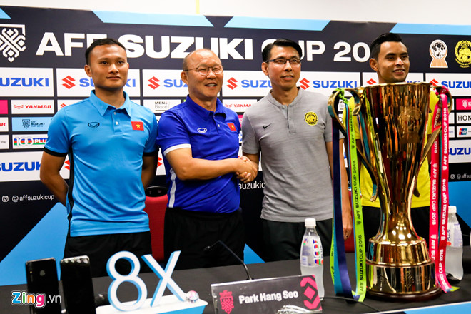 Phóng viên Việt Nam và Malaysia suýt gây gổ trước chung kết AFF Cup-2