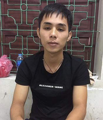 Vụ chặt tay tài xế ô tô: Đã bắt được hung thủ là người đi xe máy-1