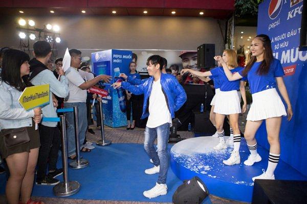 Điệu nhảy Pepsi Muối 'gây sốt' giới trẻ-2