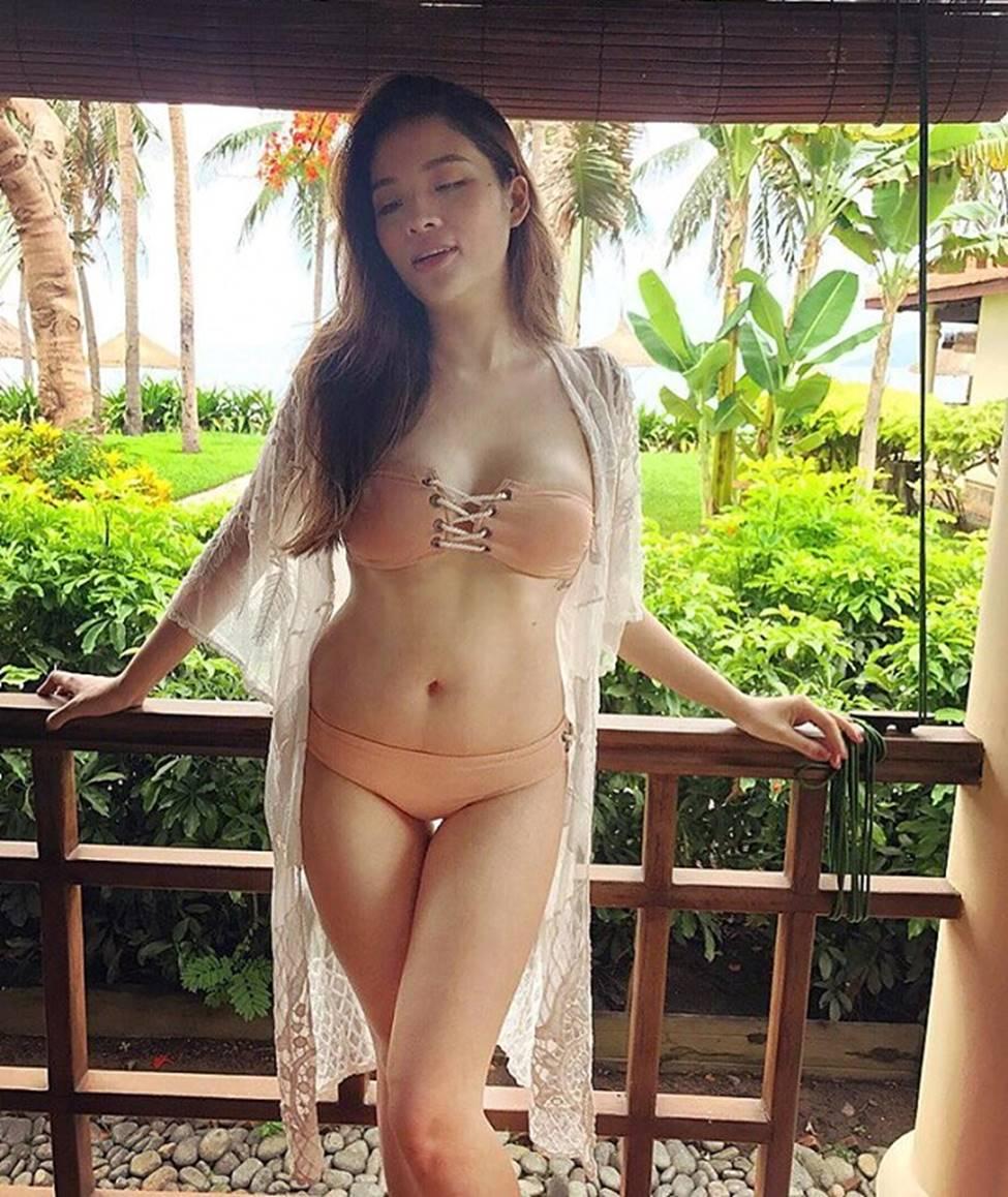 MC chân dài VTV, Hoa hậu Đông Nam Á dự đoán trận VN - Malaysia-17