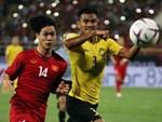 Người hâm mộ lên đường sang Malaysia cổ vũ đội tuyển Việt Nam-1