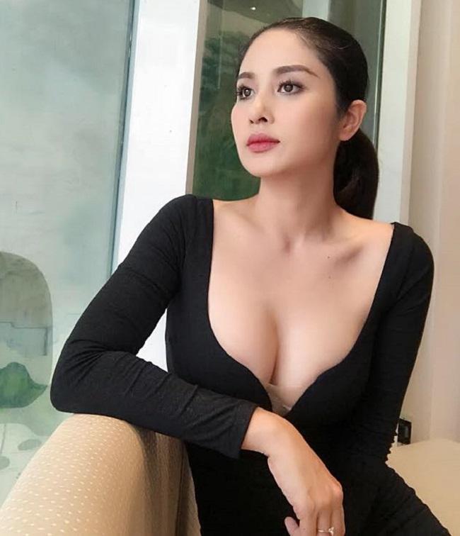 Hậu ly hôn, vợ cũ Phan Thanh Bình, Hồ Quang Hiếu càng gợi cảm nhờ đâu?-12