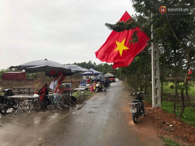 CĐV Việt Nam hụt hẫng khi ĐT Malaysia gỡ hòa 2 - 2 trong hiệp 2 trận chung kết AFF Cup 2018-34
