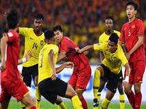 Malaysia gỡ hòa 2-2 ở phút 60