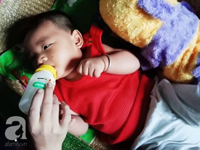 Thương cảnh mẹ mất trên bàn đẻ, 9 tháng sau cha lâm bạo bệnh, con trai nhỏ còn chưa biết gọi tên cha-10