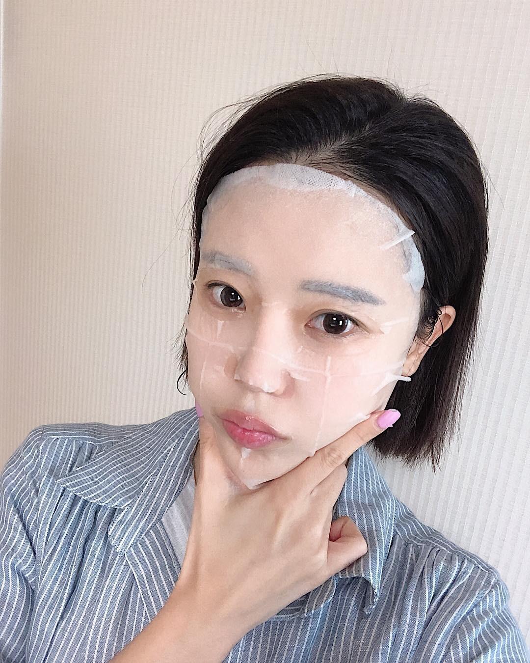 Mùa đông mà đắp mặt nạ theo cách này thì da không những không ẩm mượt mà còn nẻ toác-2