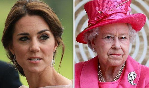 Nữ hoàng Anh từng ngăn cản chuyện hôn nhân của William, chỉ chấp nhận Kate làm cháu dâu khi đáp ứng yêu cầu này-1