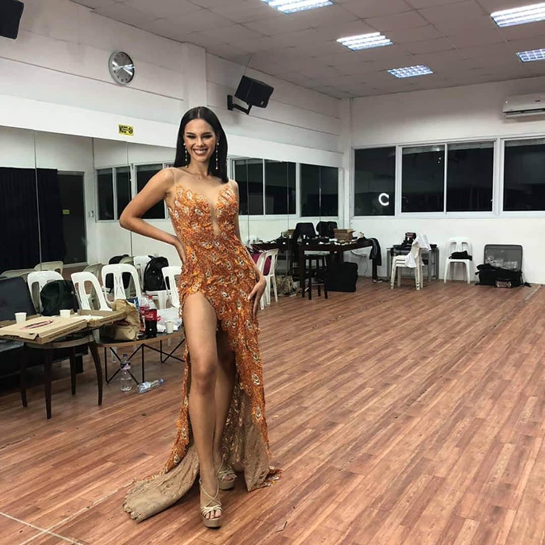 Nữ hoàng sắc đẹp Philippines đẹp lộng lẫy bất chấp vòng eo kém thon-10