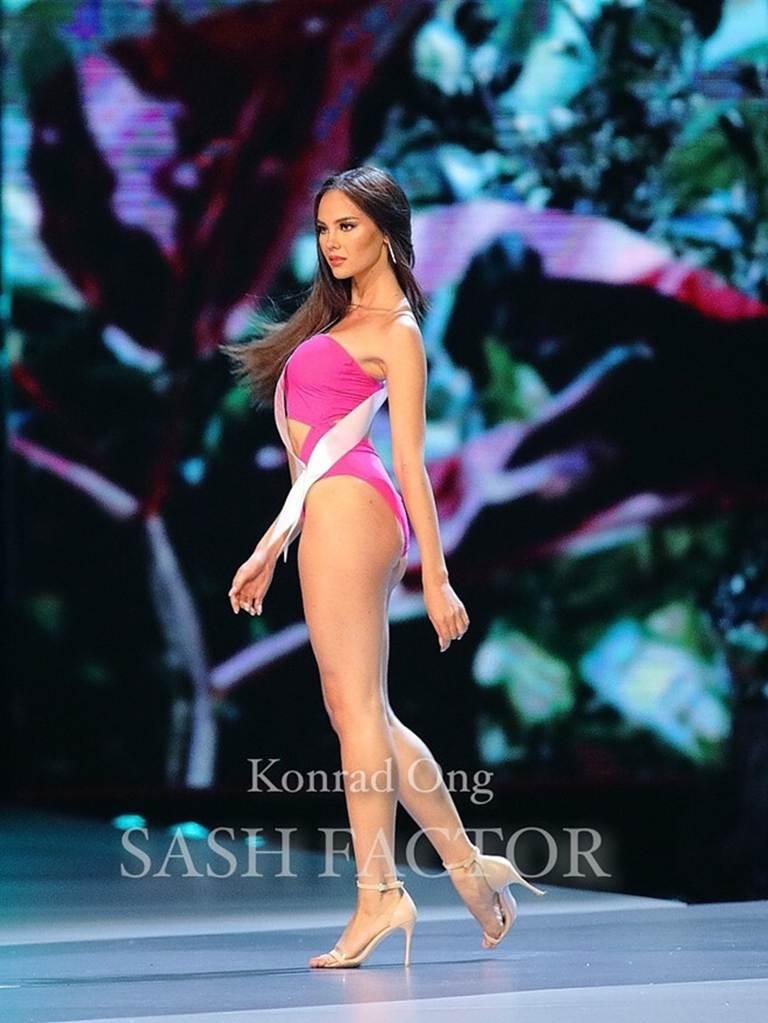 Nữ hoàng sắc đẹp Philippines đẹp lộng lẫy bất chấp vòng eo kém thon-5