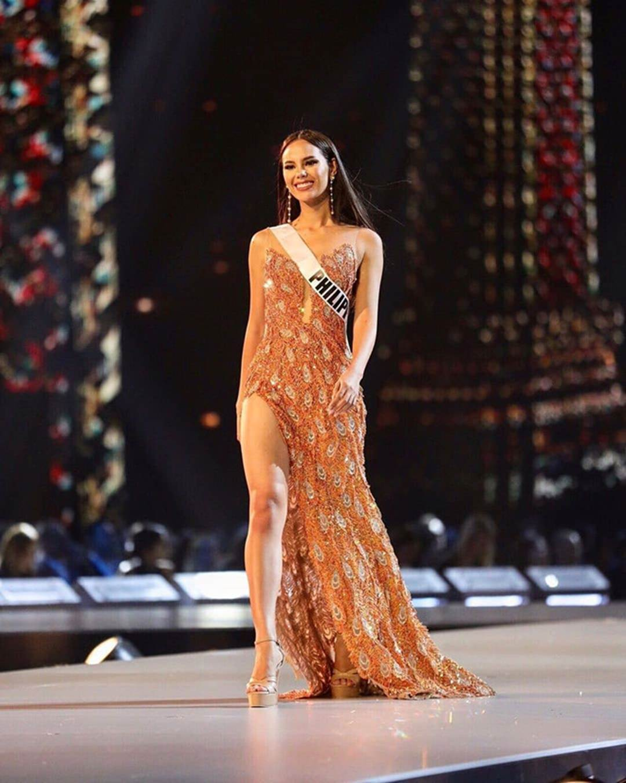 Nữ hoàng sắc đẹp Philippines đẹp lộng lẫy bất chấp vòng eo kém thon-8