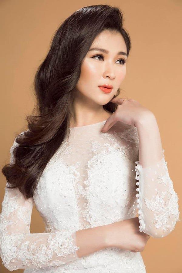 Á hậu gợi cảm, chịu nhiều áp lực khi trở thành vợ 2 của diễn viên Huy Khánh-8