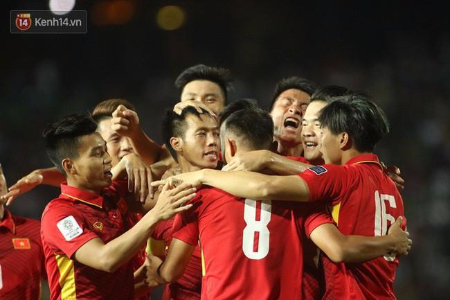 Đài SBS của Hàn Quốc chơi lớn, tung trailer hoành tráng như phim bom tấn để giới thiệu trận chung kết AFF Cup Việt Nam-Malaysia-1