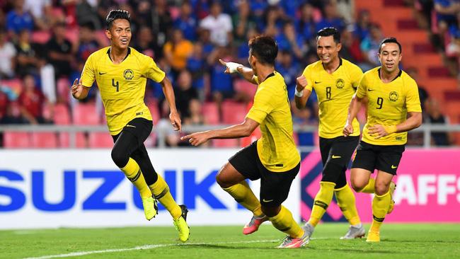 Báo Malaysia khảo sát độc giả: Nhiều CĐV không dám tin đội nhà đánh bại được ĐT Việt Nam để giành cúp vô địch-3