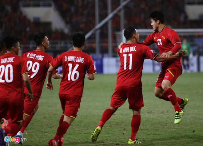 Tuyển Việt Nam vô địch AFF Cup 2018 với thành tích bất bại-17