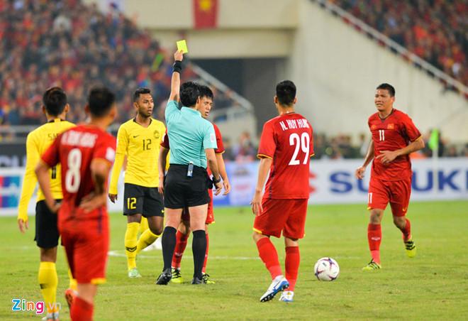 Tuyển Việt Nam vô địch AFF Cup 2018 với thành tích bất bại-13