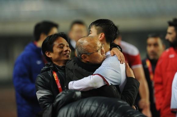 Vinh quang đầy chông gai của Park Hang-seo: Từ HLV đội bóng hạng 3 mờ nhạt đến niềm tự hào của cả Hàn Quốc-5
