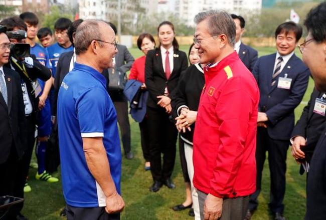 Vinh quang đầy chông gai của Park Hang-seo: Từ HLV đội bóng hạng 3 mờ nhạt đến niềm tự hào của cả Hàn Quốc-11