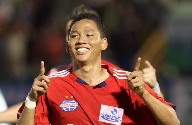 Lâm Khánh Chi: Tôi muốn gặp cầu thủ Anh Đức một lần để ôm chặt cơ thể ấy vào lòng-3