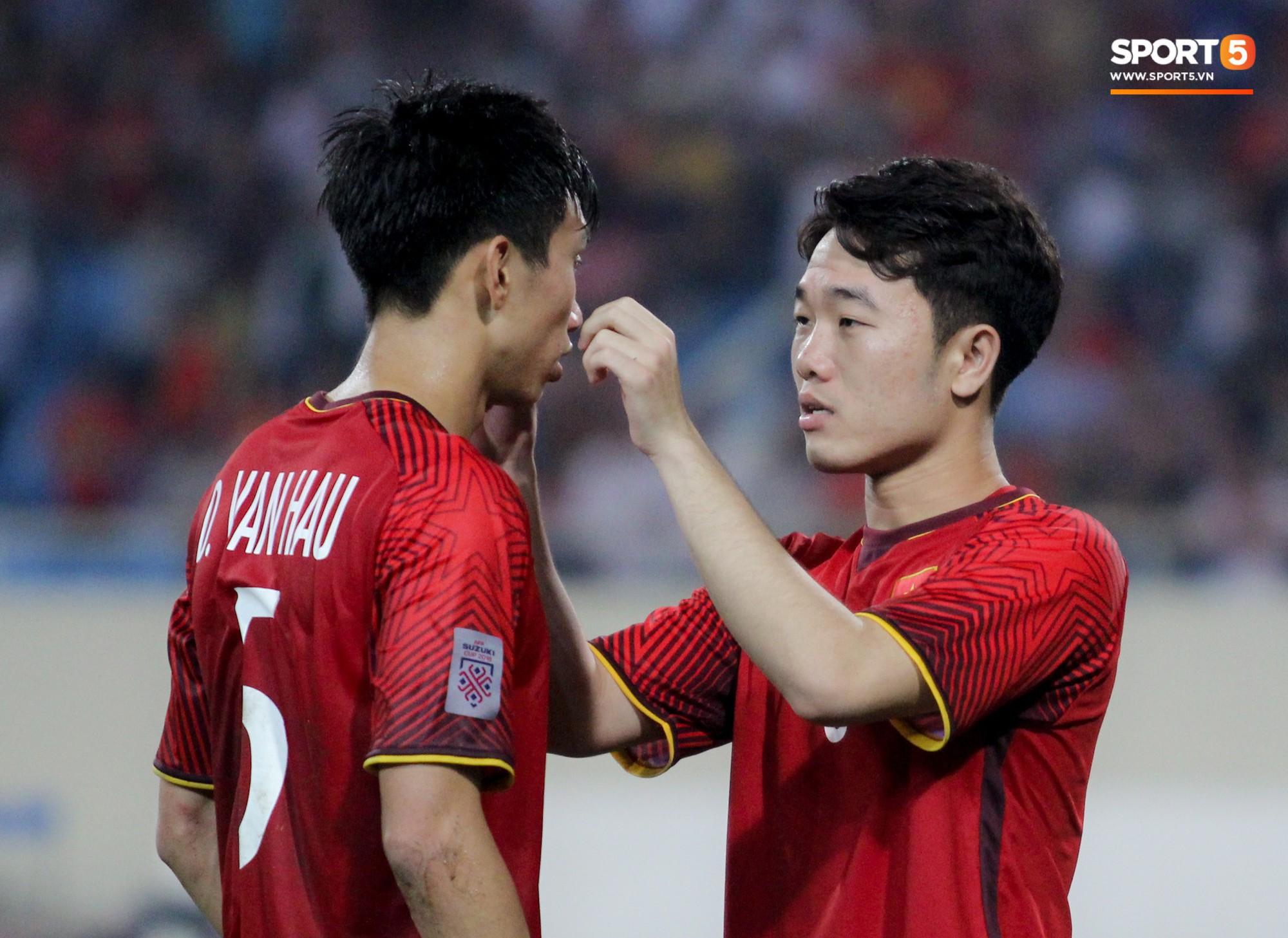 AFF Cup 2018 đã kết thúc, Việt Nam đã chiến thắng, và 10 khoảnh khắc đẹp nhất sẽ mãi lưu trong lòng người Việt-7