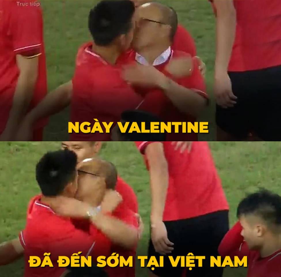 Ảnh chế ăn mừng chức vô địch AFF Cup 2018 của đội tuyển Việt Nam-7