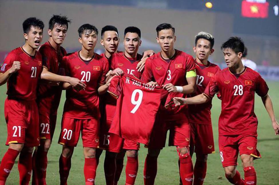 Bài học ý nghĩa bố mẹ có thể dạy con từ đội tuyển bóng đá Việt Nam-2
