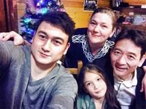 Cuộc sống bình dị của người bố nghệ sĩ và người mẹ Nga của