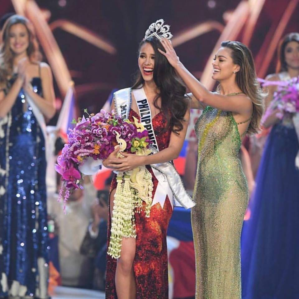 Nhan sắc lai đẹp rực rỡ của Tân Hoa hậu Hoàn vũ 2018 và loạt thành tích khủng trên hành trình đoạt được vương miện-1
