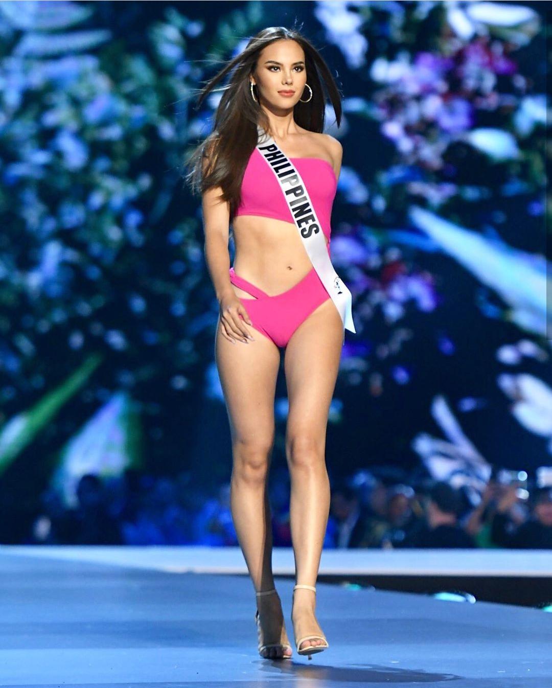 Nhan sắc lai đẹp rực rỡ của Tân Hoa hậu Hoàn vũ 2018 và loạt thành tích khủng trên hành trình đoạt được vương miện-5