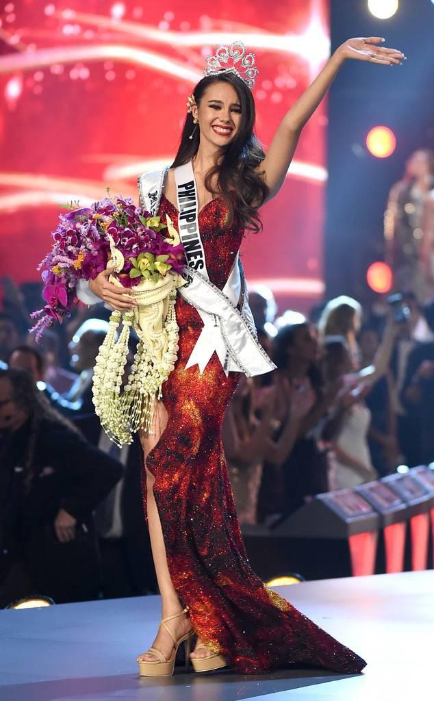 Style của tân Hoa hậu Hoàn vũ Catriona Gray: từ đầu đến cuối đều lộng lẫy như bà hoàng-2