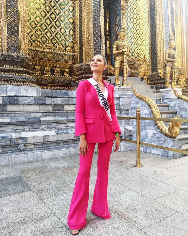 Style của tân Hoa hậu Hoàn vũ Catriona Gray: từ đầu đến cuối đều lộng lẫy như bà hoàng-4