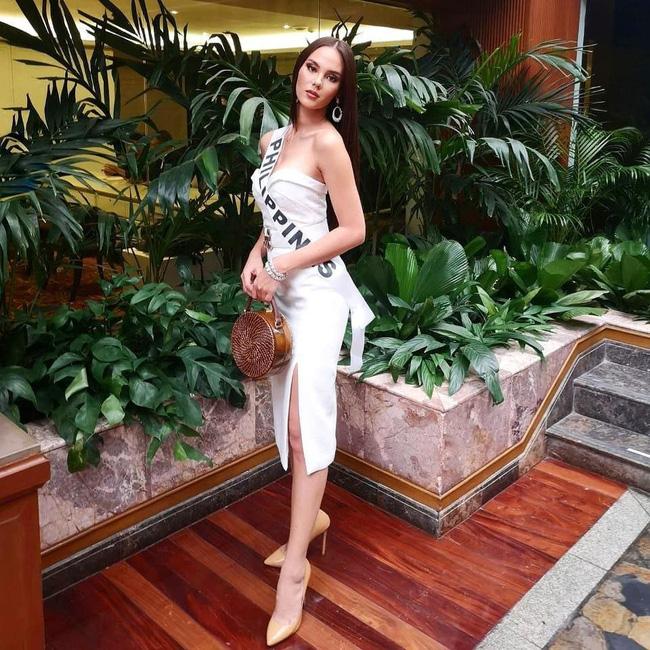 Style của tân Hoa hậu Hoàn vũ Catriona Gray: từ đầu đến cuối đều lộng lẫy như bà hoàng-6