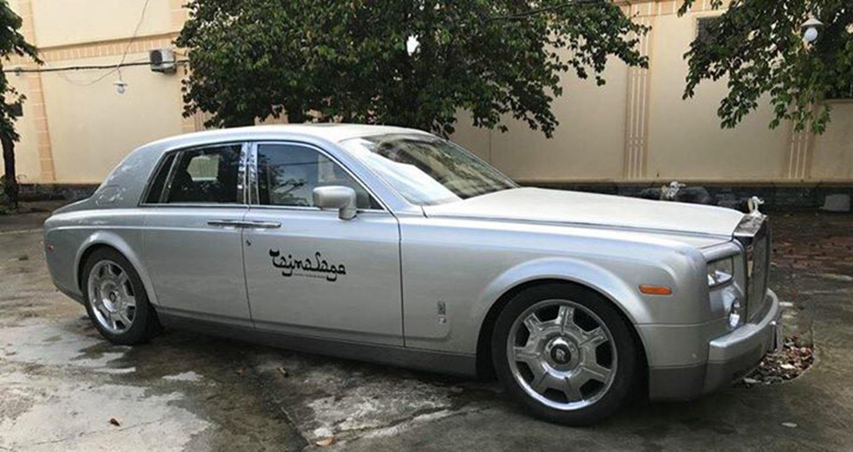 Vừa chuyển giao 2 lâu dài, Khải Silk còn bán cả siêu xe Rolls-Royce Phantom-3
