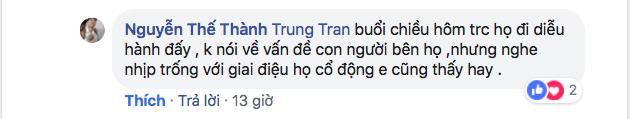 CĐV Việt Nam kêu gọi cấm kèn vuvuzela, trả lại bầu không khí trong sạch cho sân Mỹ Đình, đồng thời học hỏi cách cổ vũ chuyên nghiệp của Malaysia-3