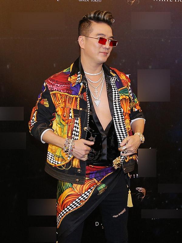 Thử đổi phong cách, Mỹ Tâm dắt tay Phượng Chanel đứng đầu danh sách SAO MẶC XẤU tuần qua-1