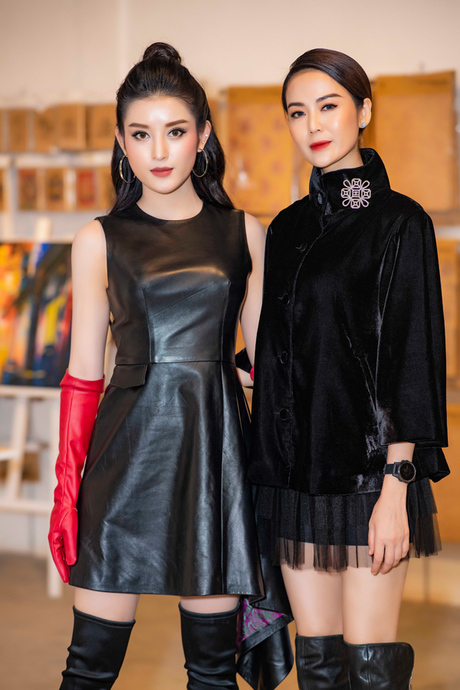 Thử đổi phong cách, Mỹ Tâm dắt tay Phượng Chanel đứng đầu danh sách SAO MẶC XẤU tuần qua-3