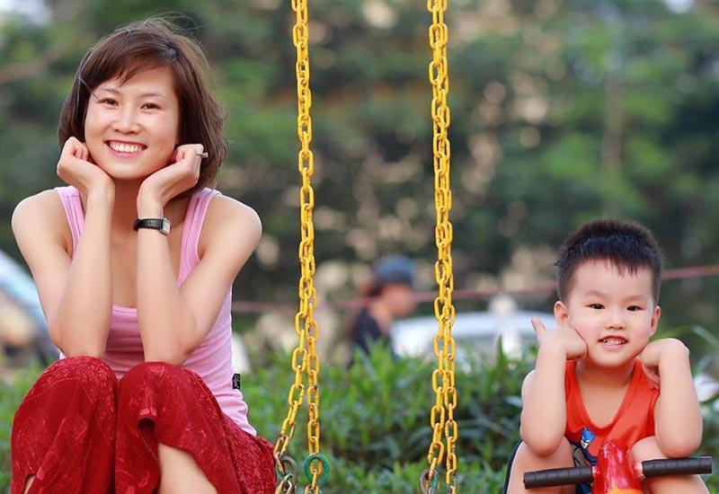 Rời sân cỏ, cảnh làm mẹ của hotgirl làng bóng, Quả bóng vàng Việt 2008 ra sao sau 10 năm?-9