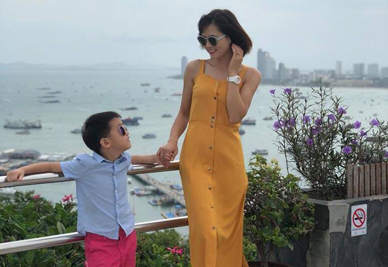 Rời sân cỏ, cảnh làm mẹ của hotgirl làng bóng, Quả bóng vàng Việt 2008 ra sao sau 10 năm?-16