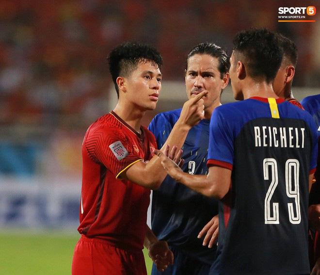 Gặp anh chàng sơ vin Đình Trọng sau AFF Cup: Điều buồn nhất là sẽ phải xa bóng đá rất lâu-9
