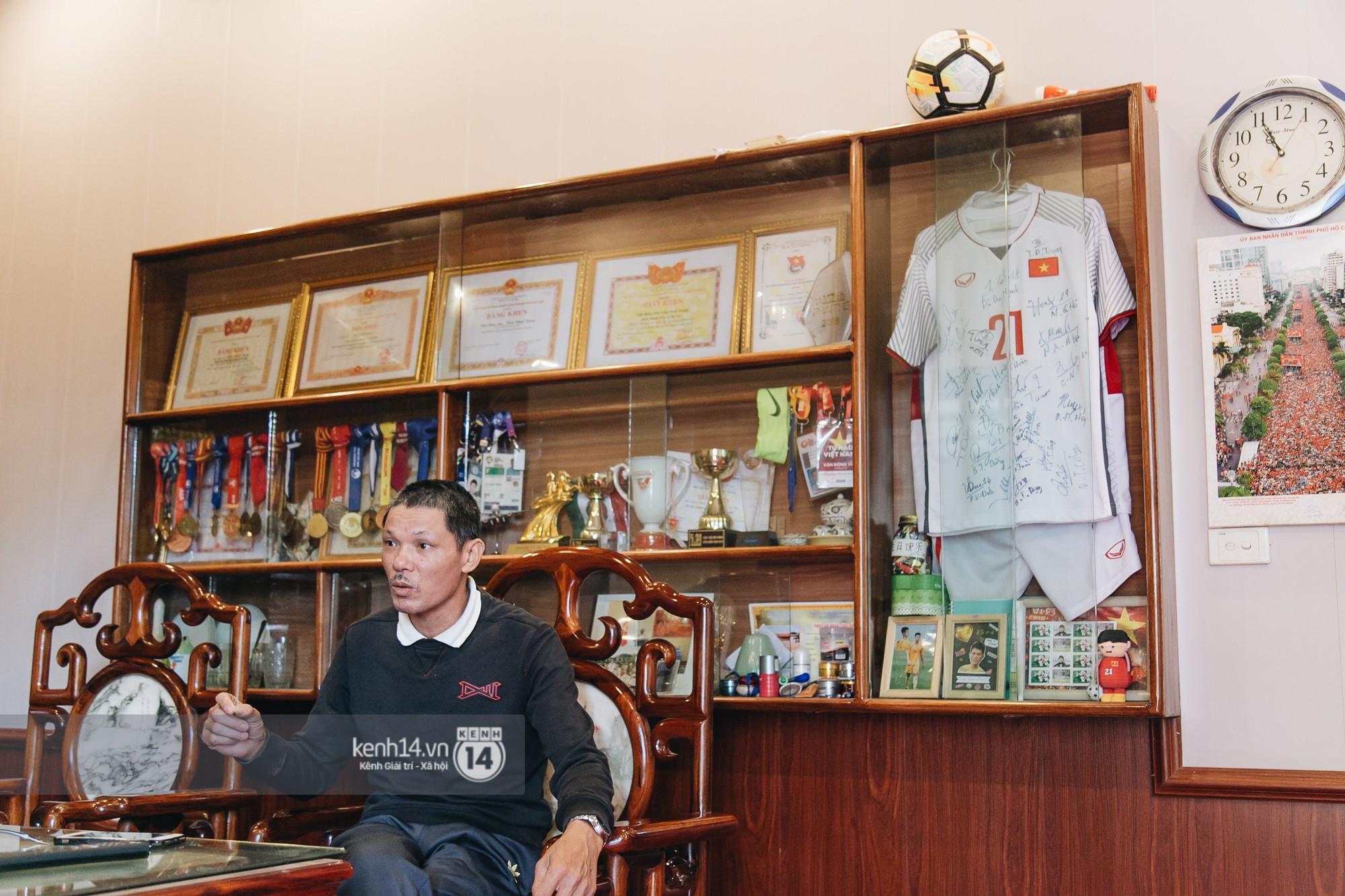 Gặp anh chàng sơ vin Đình Trọng sau AFF Cup: Điều buồn nhất là sẽ phải xa bóng đá rất lâu-3