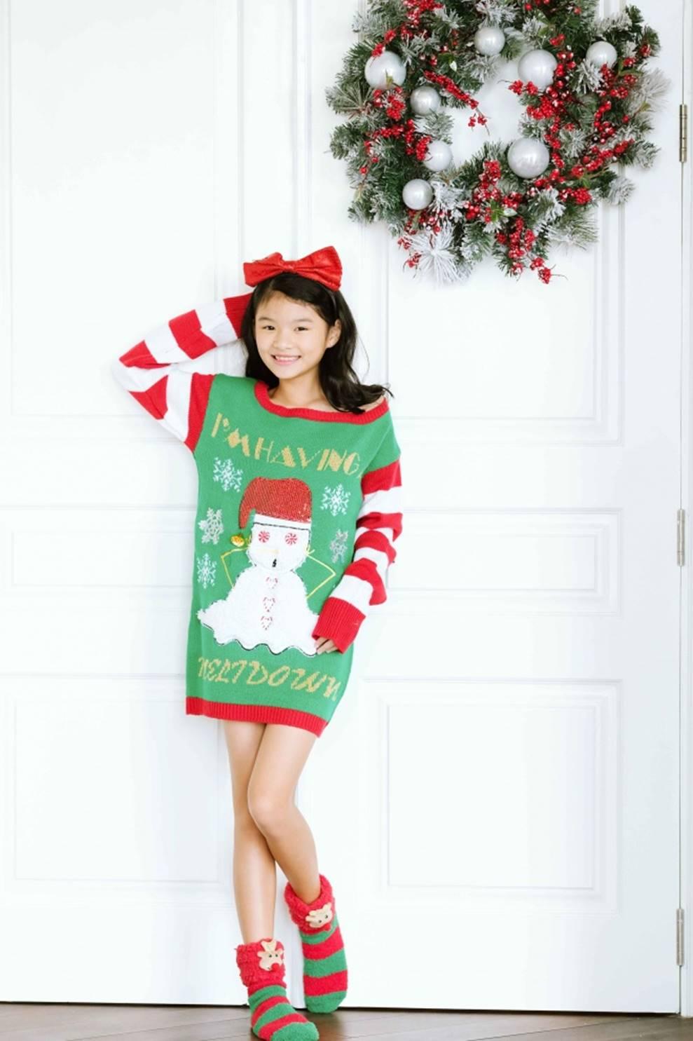 Trương Ngọc Ánh khoe vẻ gợi cảm, đón Giáng sinh sớm cùng con gái Bảo Tiên-7