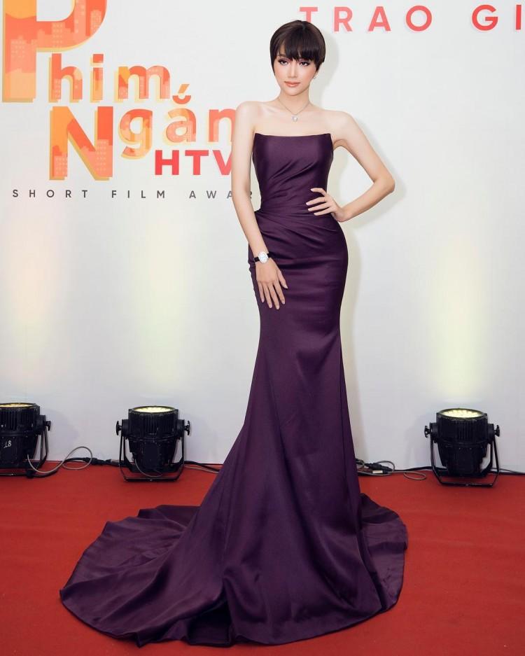 Hương Giang Idol đã đạt đến cảnh giới này rồi sao: ĐẸP bất chấp kiểu tóc hay mẫu váy kén dáng nhất-2