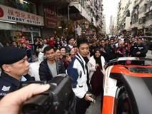 Triệu phú Bitcoin bị bắt vì rải tiền khắp thành phố