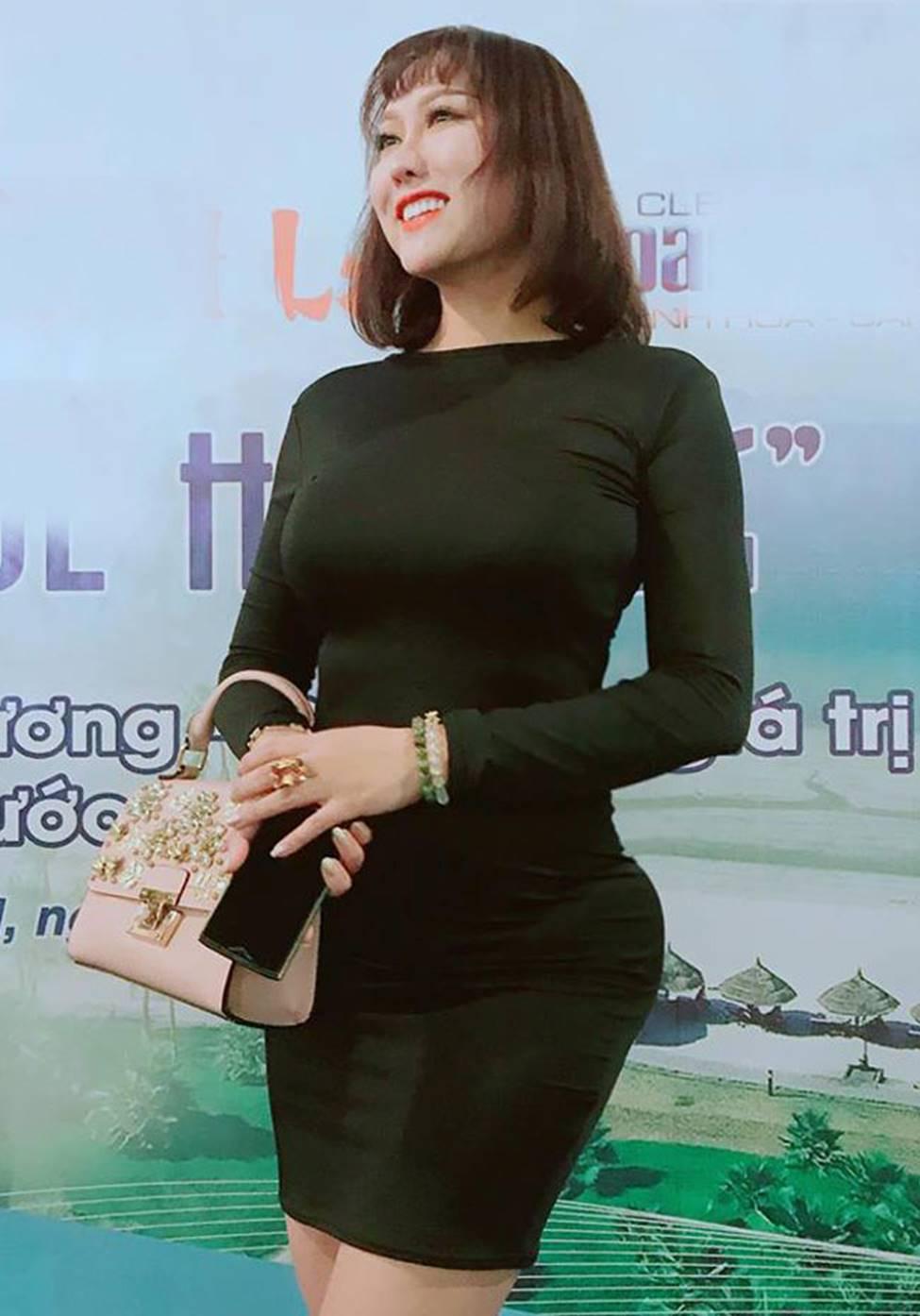 Mai Phương Thúy, Phi Thanh Vân lộ mỡ vì quần áo gợi cảm nhưng phản chủ-5