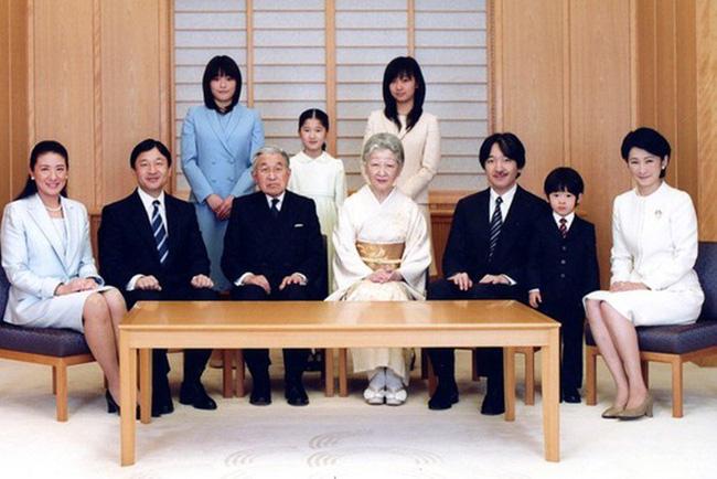 Masako - Công nương xinh đẹp của Hoàng gia Nhật Bản: Nỗi sầu nhung lụa của con chim quý bị nhốt chặt trong lồng son-25
