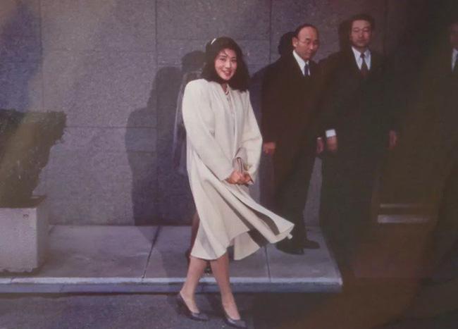 Masako - Công nương xinh đẹp của Hoàng gia Nhật Bản: Nỗi sầu nhung lụa của con chim quý bị nhốt chặt trong lồng son-9