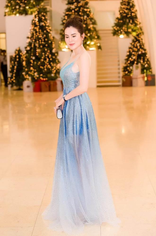 Không còn là Hoa hậu nghèo nhất VBiz, Đỗ Mỹ Linh mang trang sức tiền tỷ thắp sáng thảm đỏ-16